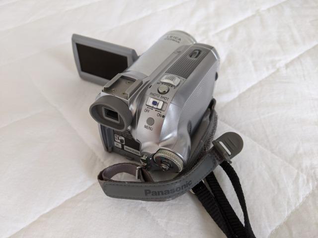 Filmadora Mini DV 3CCD Panasonic - Foto 3