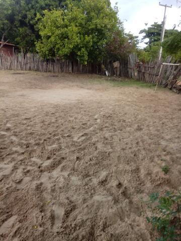 Vende- se um terreno no povoado barroca funda