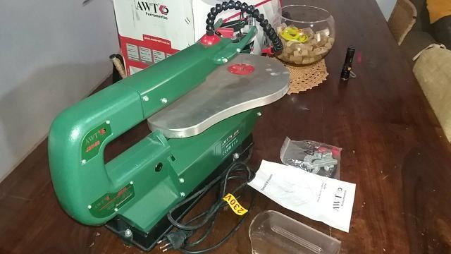 Serra tico tico de mesa AWT JST-85 230V