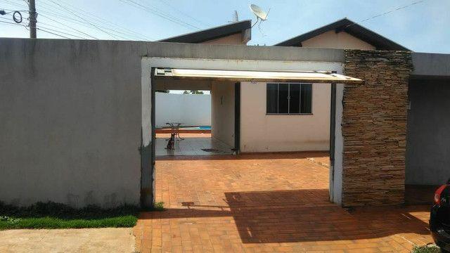 Vendo ou troco casa de esquina com piscina em condomínio fechado - Foto 8