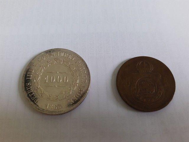 Moedas antigas de prata e bronze