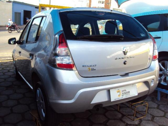 Renault sandero 2014 1.0 authentique 16v flex 4p manual - Foto 4