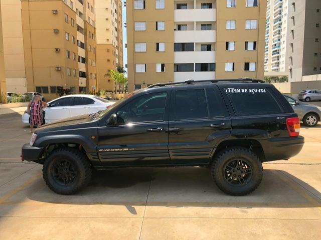 Cherokee 2000/2000
