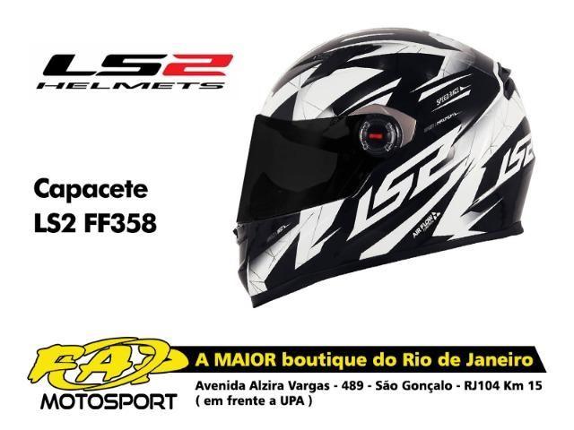 Capacete Moto Ls2 FF358 Draze Preto Branco - Objetos de decoração ... 8609f1ad956