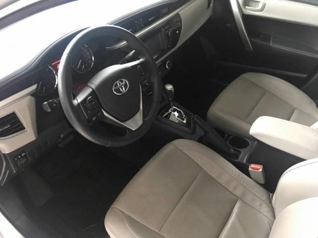Toyota Corolla Sedan Xei  - Foto 5