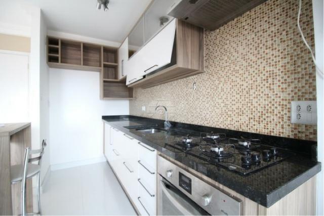 Aluga-se apartamento semi-mobiliado Pinheirinho, ótima localização