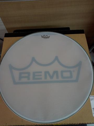 "Pele de bumbo Remo 22"" Silent ( Silentstroke ) - Foto 3"