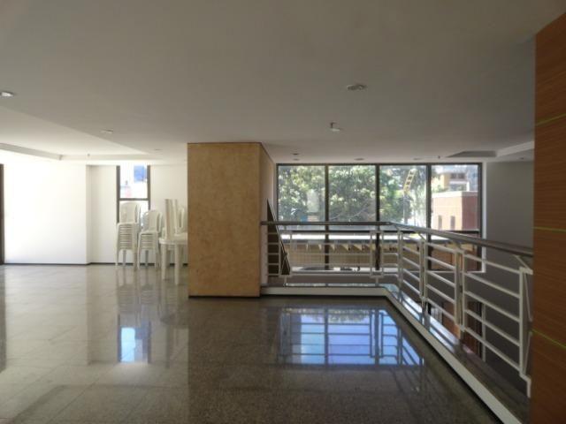 AP0295 - Apartamento 154 m², 02 quartos, 02 vagas, Ed. Victor VIII - Meireles - Foto 4