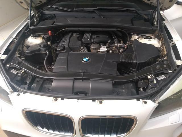 Vendo ou troco em carro de menor valor BMW X1 sdrive 2.0 18i 4x2 2011 completa - Foto 5