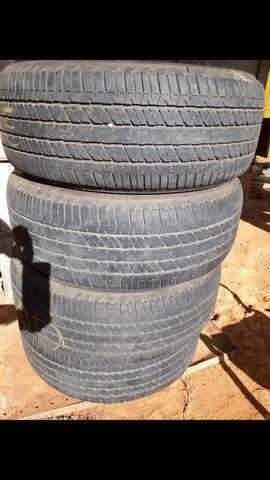 Vendo 4 pneu