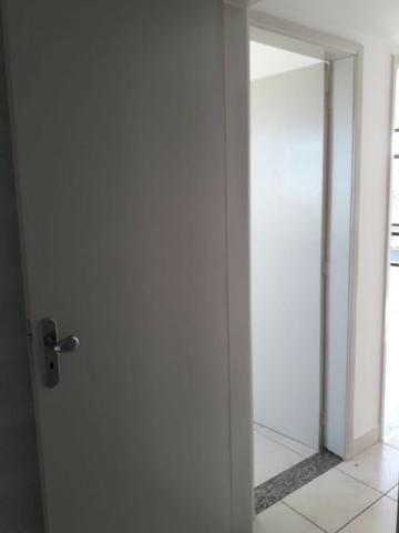 Apartamento em Irajá, [Excelente Estado], 02 Quartos, Sala, Garagem etc - Foto 3