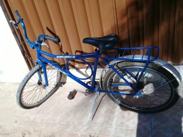 Vende - se uma bicicleta
