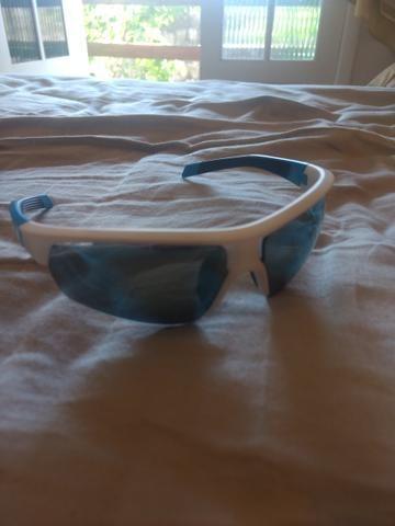 f42227c21 Óculos de sol novinho!! - Bijouterias, relógios e acessórios ...