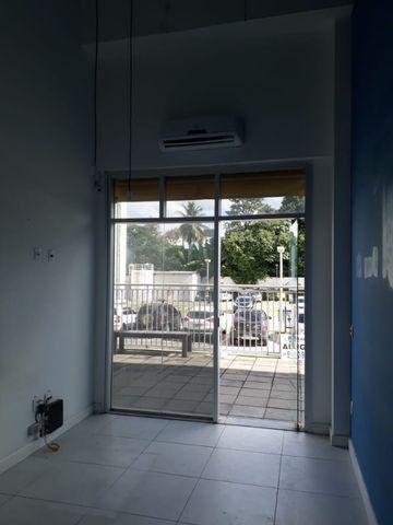 Loja Campo Grande Office & Mall. Toda pronta com mezanino. toldo. Ar condicionado