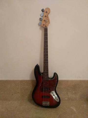 Contrabaixo Fender Squier Standard Jazz Bass Sunburst (Deep red)
