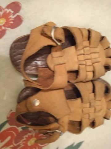 Lote de 7 calçados de menino - Foto 4