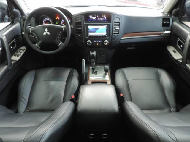 Mitsubishi Pajero 3.2 HPE 4X4 Diesel - Foto 3