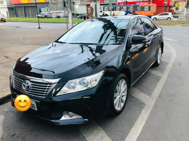 Toyota Camry v6 280cv 2011/12 (vendo ou troco)