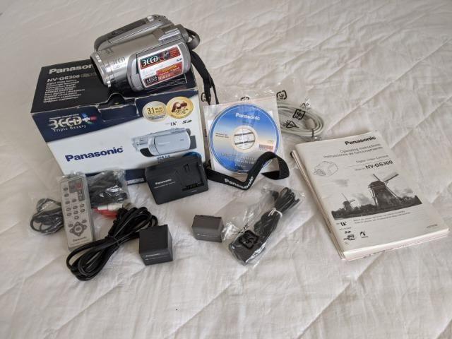 Filmadora Mini DV 3CCD Panasonic - Foto 6