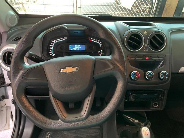 Chevrolet Montana Ls 1.4 2015 - Foto 8