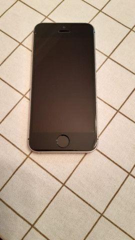 IPhone SE 64GB Cinza Espacial - Foto 2