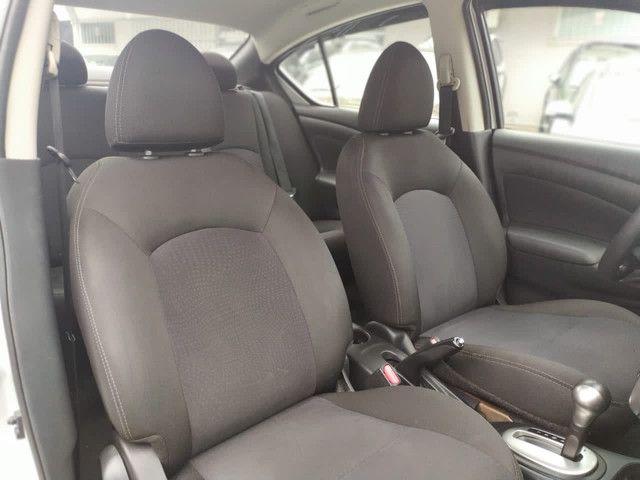 Nissan Versa SV 1.6 Xtronic 2017 - Foto 8