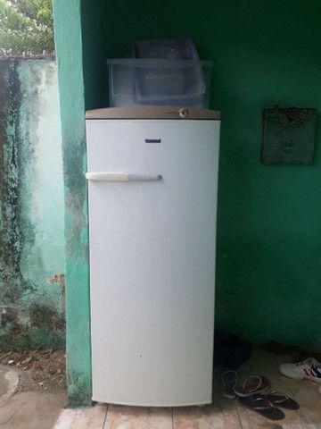 geladeira com defeito