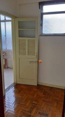 Apartamento com 2 dormitórios para alugar, 70 m² por R$ 1.000,00/mês - Centro - Niterói/RJ - Foto 9