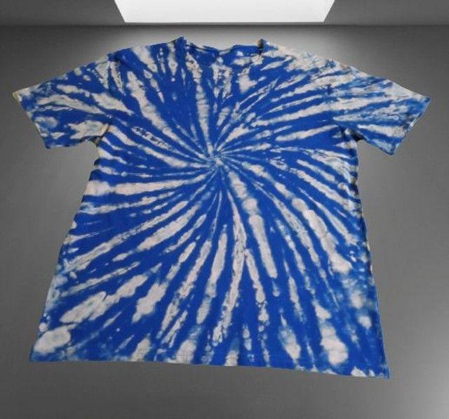 Camisa em Tie Dye