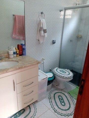 Linda Casa Vilas Boas com 4 Quartos**Venda** - Foto 12