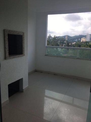 Vende-se apartamento na velha com 3 suítes, 4 vagas de garagem