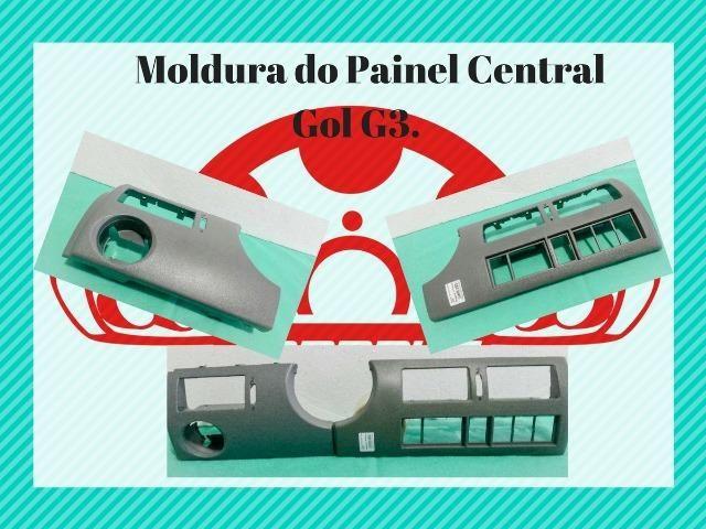 Molduras de painel central, som e ar condicionado