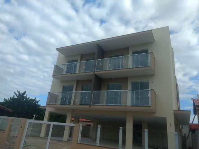 Apartamento em prédio com elevador 02 dormitórios na Praia dos Ingleses, Florianópolis!!!