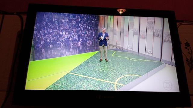 TV 32 polegadas HBUSTER usada - Foto 3