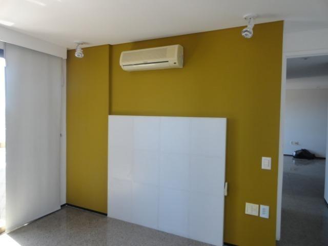 AP0295 - Apartamento 154 m², 02 quartos, 02 vagas, Ed. Victor VIII - Meireles - Foto 16