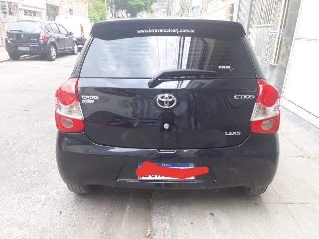 Toyota etios hatch 1.5 - Foto 5