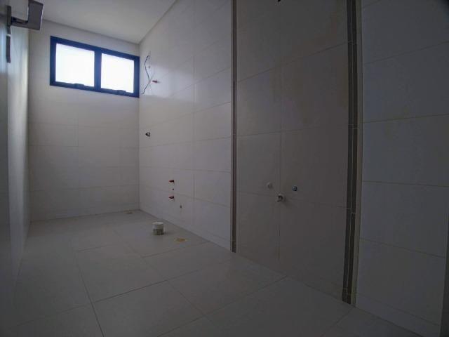Amplo Apartamento 3 Dormitórios(1Suíte+2D) + Lavabo com 2 Vagas no Centro de Itajaí! - Foto 16