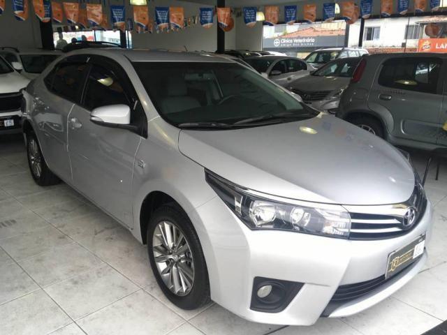 Toyota Corolla Sedan Xei  - Foto 2