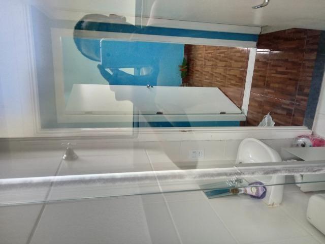 Alugo quarto em apartamento de 2 dormitórios mobiliado - Foto 3