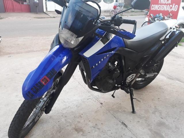 XT 660 com bons pneus, doc em dia - Foto 3