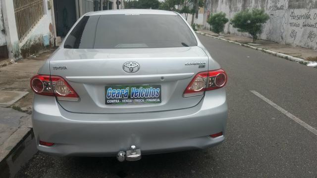 Toyota Corolla 1.8 GLI 2012 AUT extra! banco de couro, aceito motos e carros menor valor - Foto 4