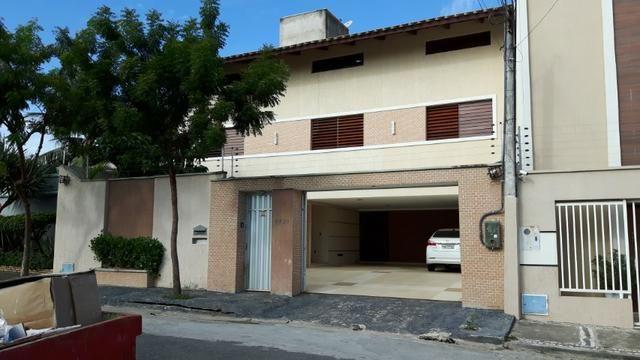 Casa no Bairro Sapiranga com 526 m² ,13 quartos,piscina e deck - Foto 4