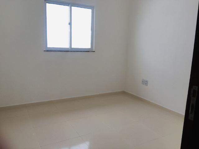 Linda casa com documentação gratis:fino acabamento, 3 quartos , 2 banheiros , 3 vagas - Foto 14