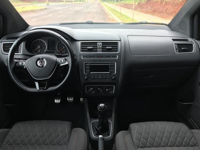 Vendo Volkswagen Crossfox 1.6 2015 Único dono. Aceito trocas de menor valor - Foto 8