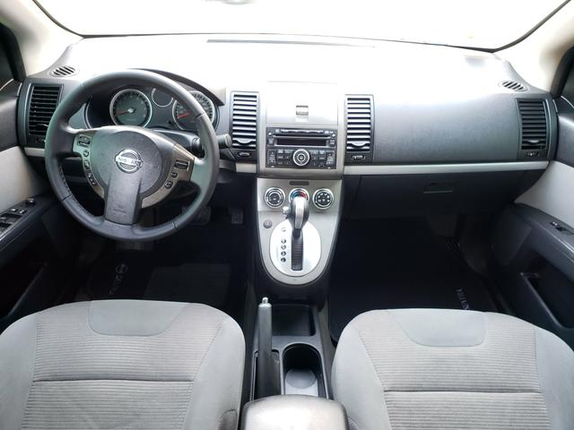 Nissan sentra (com gnv g5) automático ( finan.ent. 7 mil )aceito trocas - Foto 13