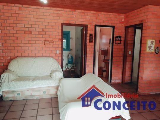 C98 - Bela residência em ótima localização - Foto 17