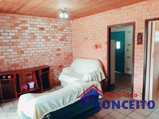 C98 - Bela residência em ótima localização - Foto 15