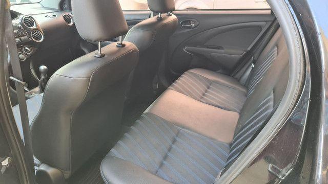 Toyota etios 1.5 xs 2016 impecável  - Foto 7