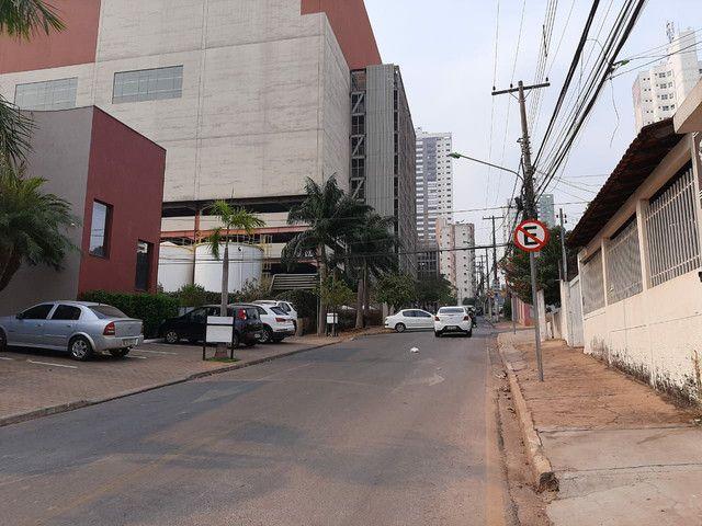 Área Comercial - 380m2 - Bairro Goiabeiras