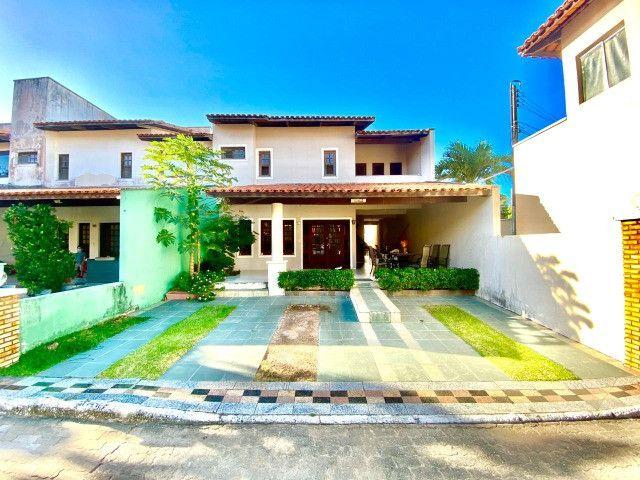 Duplex em condomínio com 4 quartos, lazer e ótima localização na sapiranga!